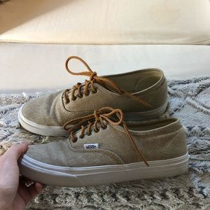 cc66c100dc4 Vans Shoes - Women s Vans lace up classics